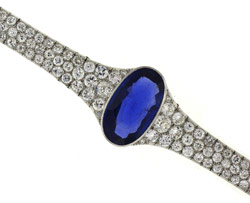 Represented by Joden World Resources Sapphire French bracelet .