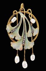 Art Nouveau Brooch with Enameling, pearls, and 17 diamonds